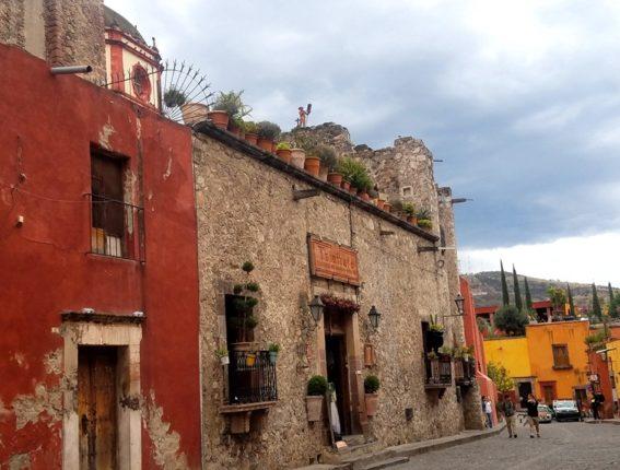 1-a-walking-tour-of-san-miguel-de-allende-mexico