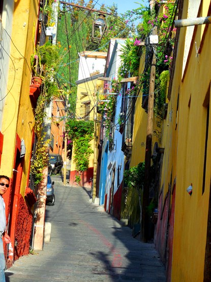 #3-a-walking-tour-of-san-miguel-de-allende-mexico