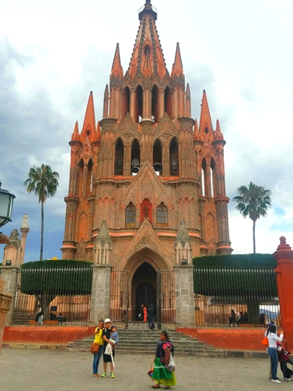 #4B-a-walking-tour-of-san-miguel-de-allende-mexico