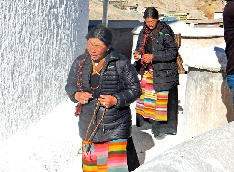 #6D-women-of-the-World-tibet