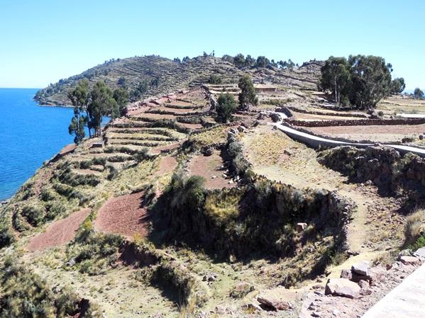 2the_island_of_taquile_peru