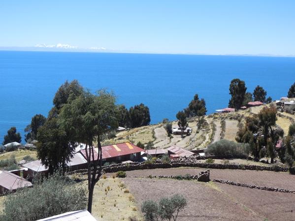 4Athe_island_of_taquile_peru