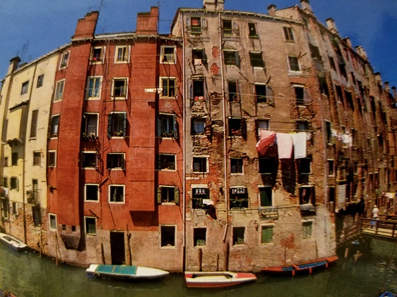 6A_the_neighborhoods_of_venice
