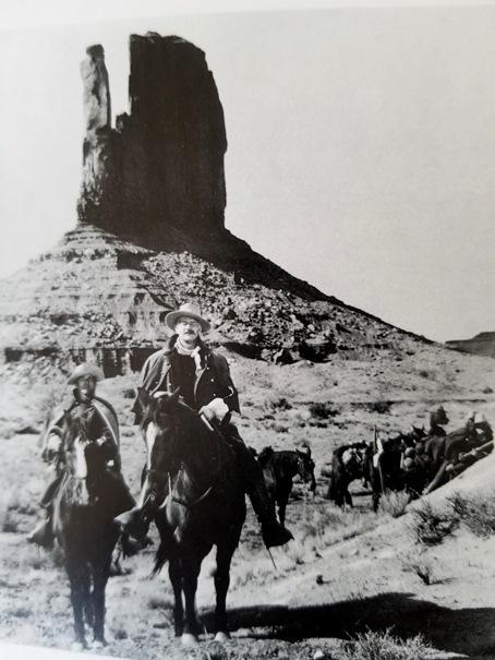 3B-monument-valley-arizona